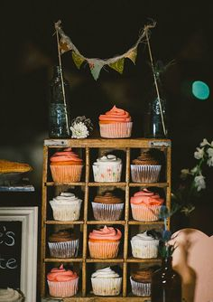 Creative industrial wedding cupcake display or any party Industrial Wedding, Rustic Wedding, Wedding Reception, Cakes Originales, Naked Cakes, Cupcake Display, Wedding Cupcakes, Dessert Wedding, Wedding Cake
