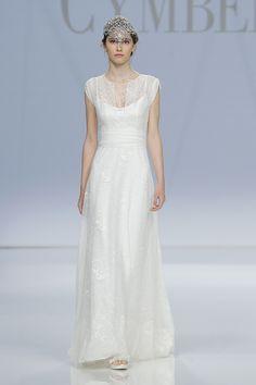 Ensemble BEAUTÉ #new #collection #2017 #cymbelineparis #fashion #show #bbfw #wedding #bridal