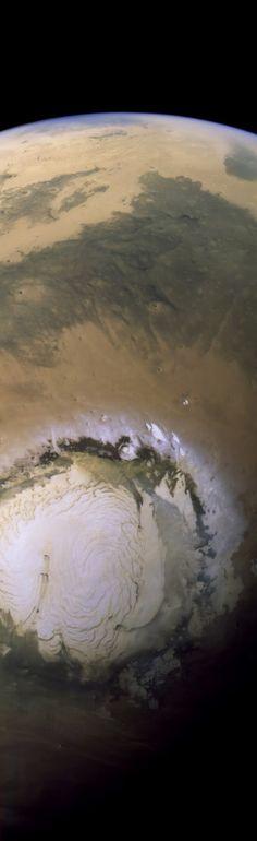 El 7 de abril de 2014 la sonda Mars Express capturó esta imagen del polo norte de Marte y Acidalia Planitia. Crédito: ESA / DLR / FU Berlin / Justin Cowart.
