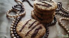 Karácsonyi keksz Cookies, Chocolate, Desserts, Food, Crack Crackers, Postres, Biscuits, Deserts, Hoods