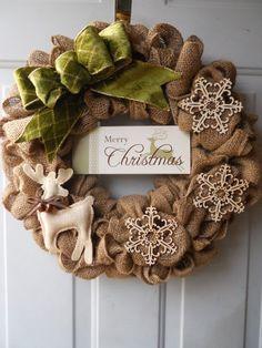 Burlap Christmas Wreath with Merry Christmas