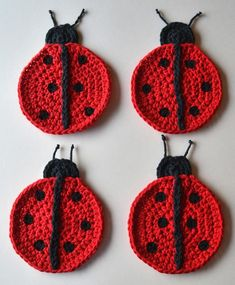 Crochet Applique Patterns Free, Crochet Coaster Pattern, Crochet Motif, Crochet Flowers, Knitting Patterns, Crochet Ladybug, Cute Crochet, Crochet Beard, Mug Rugs