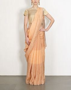 Ogaan is an Online Indian Fashion Store for Women that offers Exclusive Women's Clothing, Designer Jewellery & Fashion Accessories based on the Latest Designs for Women. Saree Draping Styles, Saree Styles, Saree Jewellery, Trendy Sarees, Elegant Saree, Vacation Style, Beautiful Saree, Saree Blouse Designs, Indian Designer Wear