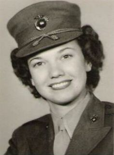 """Before She Was A """"Golden Girl,"""" Bea Arthur Was One Of The First Female Marines http://www.wimp.com/golden-girl-first-female-marine/"""