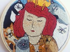-Punch needle embroidery -Wooden hoop -Felt backing - One of a kind and hand made - Original design -Made with embroidery floss -Size: 20 cm / inches Punch Needle Patterns, Stitch Patterns, Wooden Hoop, Punch Art, Rug Hooking, Cat Lady, Wool Rug, Canvas Wall Art, Kids Rugs