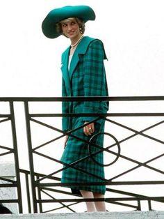 Dulu Dibuang, Dress Putri Diana Ini Laku Dilelang Rp 172 Juta