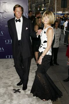 Anna Wintour looking fab with Shelby Bryan