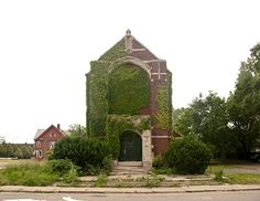 Feral houses in Detroit. Beautiful. michigan, god, beauti decay, abandoned churches, abandon church, feral hous, beauty, abandoned houses, abandon detroit