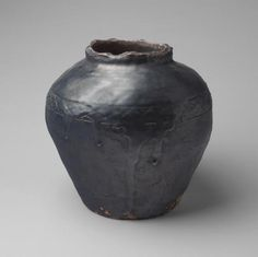 clumsyelegance:    Vase, 1953.  Kitaoji Rosanjin