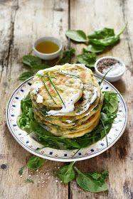 Dorian cuisine.com Mais pourquoi est-ce que je vous raconte ça... : Marathopita à notre façon! Parce que subitement nous avons eu envie de Grèce... Dorian Cuisine, Kitchen Witch, Facon, Brunch Recipes, Salmon Burgers, Avocado Toast, Cabbage, Vegetarian, Tasty