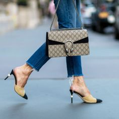 【ELLE】7|「おしゃれの決め手は靴&バッグ」を実感するコレクションスナップ集|エル・オンライン