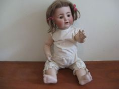A beautiful girl character doll.made by Alt, Beck and Gottschalk . Light Eyes, Pink Feathers, Kewpie, Doll Eyes, Doll Parts, Bisque Doll, Antique Clothing, Girls Characters, Doll Head