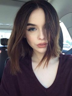 I'm angry it's acacia but look at her hair like don't tell me it's not goals bc it is