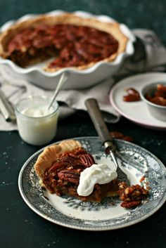 Pecan Pie (Tarte de Noz Pecan) - Basta Cheio Cobbler, Banana, Desserts, Cakes, Plain Cake, The World, Meal, Pies, Bananas