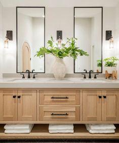 Bathroom Mirror Design, Master Bathroom Vanity, Modern Master Bathroom, Bathroom Interior Design, Double Sink Bathroom, Spa Master Bathroom, Neutral Bathroom, Modern Bathroom Vanities, Bathroom Goals
