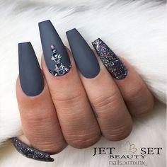 Matte Coffin Nails Design for Beautiful Look Picture 6
