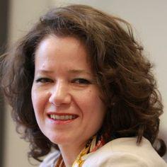 Ülker Radziwill/ https://www.facebook.com/uelker.radziwill Herzlichen Glückwunsch Sylvia-Yvonne Kaufmann, unsere neue Europaabgeordnete für Berlin. Vielen Dank an unsere bisherige Europaabgeordnete Dagmar Roth-Behrendt, insbesondere für ihr Engagement im Politikfeld Verbraucherschutz.