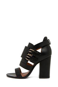Givenchy Vittorias heel
