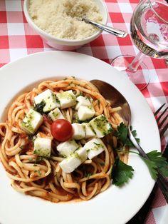 Linguines tomates mozzarelles