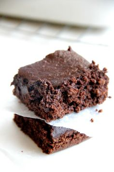 My Happy Place: healthy brownies...made these, really good with choc chips on top for a little more sweet.