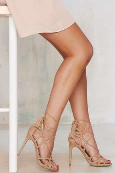 Lipstik Shoes Kazzy Microsuede Heel - Beige