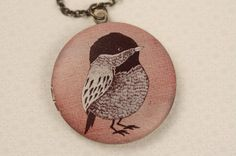 Long Robin Bird Locket Necklace, Colorful Dark Pink Color, Simple Animal Pendant, Brown Birdy, Large Round