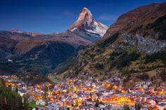 Zermatt, Switzerland In Winter, Switzerland Travel Guide, Switzerland Itinerary, Swiss Switzerland, Relaxing Holidays, Cities In Europe, Europe Europe, Medieval Town