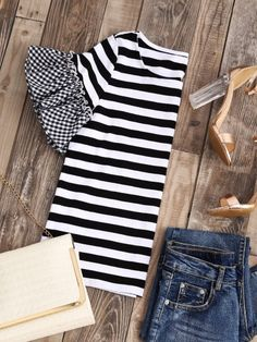 Shop Striped T-shirt With Gingham Ruffle Sleeve online. SheIn offers Striped T-shirt With Gingham Ruffle Sleeve & more to fit your fashionable needs. Diy Fashion, Ideias Fashion, Fashion Outfits, Diy Clothing, Sewing Clothes, Umgestaltete Shirts, Gingham Shirt, T Shirt Diy, T Shirt Refashion
