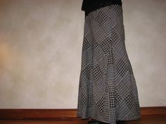 Love this skirt and the pattern help she gives in making one of your own- I just found this and it's from my own blog :D