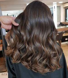 Brown Hair Shades, Hair Color For Black Hair, Light Brown Hair, Light Hair, Brown Hair Balayage, Hair Color Balayage, Hair Highlights, Hair Dye Colors, Aesthetic Hair