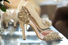 Vintage styled bridal shoes #shoes
