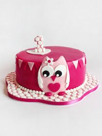 Hot Pink and Soft Bunting Pink Owl Cake