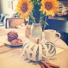 fall crafting! mason jar lid pumpkins #californiapearl