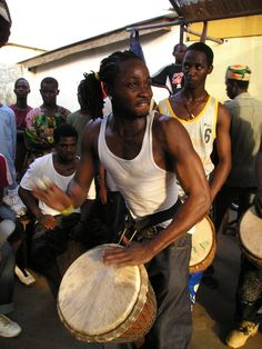 Djembe Fola Guinea Conakry 2004 http://worldhanddrums.com/djembe-drums.html