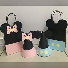 Baby Mickey y Minnie Mouse de fiestas sombreros o bolsas de