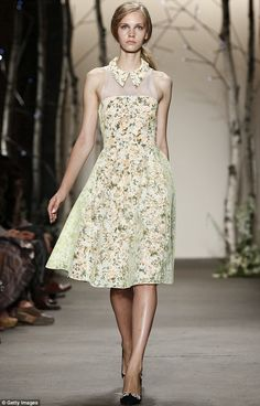 A vision in florals: 1950s-inspired tea-length floral dresses with sheer netting and sweet collars wowed the audience