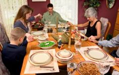 Thanksgiving Day Prayers - Ideas And Traditions For Your Family