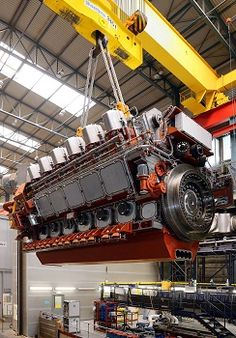 The first #Caterpillar MaK dual fuel engine being shipped out: http://www.petersonpower.com/products/new-equipment/marine-engines