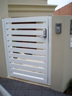 G14. Aluminium horizontal slat (100mm wide) gate with digital keypad lock