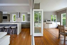 75 Kitchen Ideas For Queenslanders #ideas #kitchen #queenslanders Indoor Outdoor Kitchen, Outdoor Kitchen Design, Outdoor Rooms, Backyard Kitchen, Outdoor Areas, Outdoor Dining, Kitchen Dining, Kitchen Cabinets, Parrilla Exterior