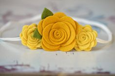 Gold Felt Flower Headband Trio of Roses Fall Felt por bloomz