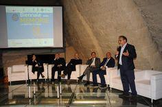 """""""Pane Nostro"""" - il coordinatore Umberto Montano del Mercato Centrale Firenze introduce la tavola rotonda. #BiennaleMemorie (5 Maggio 2016)"""