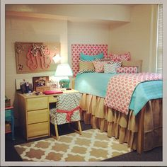 My dorm room....IN LOVe