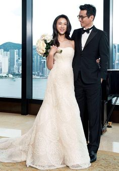Director Kim Tae Yong and Chinese actress Tang Wei who plays Chris Hemsworth's love interest in Blackhat. Her dress is by Vera Wang