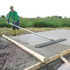 Pouring a concrete slab yourself can be a big money-saver or big mistake. We show you the best techniques and tools so you get it right the first time.  sc 1 st  Pinterest & How to lay a DIY concrete patio | Outdoors | Diy concrete patio ...