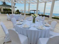 #weddingwednesday Everything is ready here in paradise #miercolesdeboda Todo listo en el paríso.