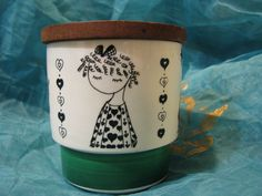 1960s Jar & Teak Lid – Sweets – Vintage Scandinavian Pottery Design – Hearts Décor Like Tove Jansson Moomin – Mid Century Stoneware von everglaze auf Etsy