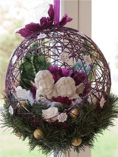 How to DIY String Balloon Basket for Christmas | www.FabArtDIY.com