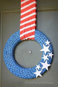 Twizzler Bits July 4th Wreath - yes ... that's licorice!!  :)