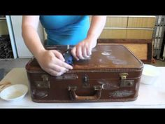 Turn an old suitcase into an end table.  Easy DIY project!